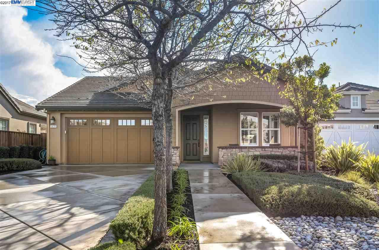 Single Family Home for Sale at 3635 BINGHAM Court Pleasanton, California 94566 United States