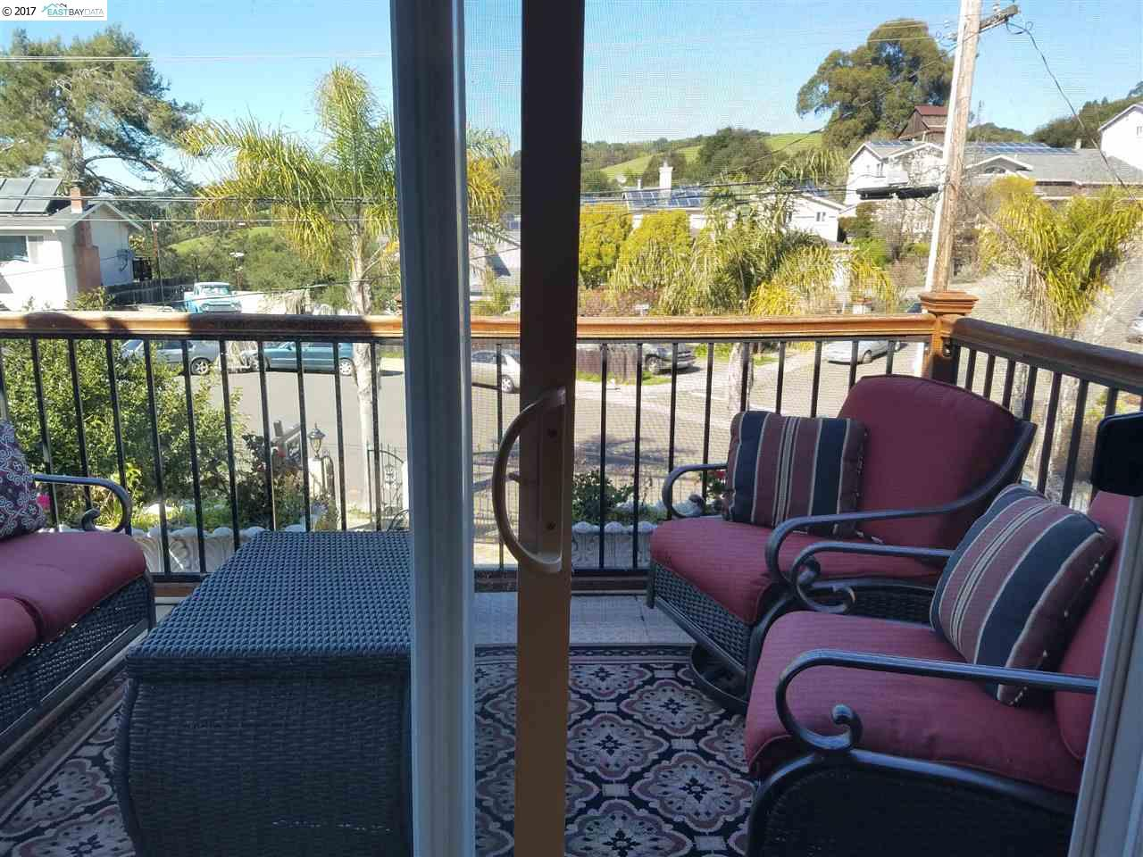 Additional photo for property listing at 5035 Foxboro Drive  Castro Valley, California 94546 United States