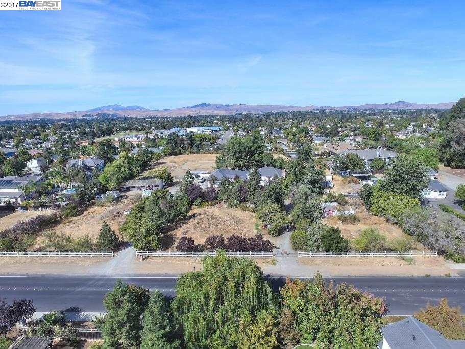 Additional photo for property listing at 1648 LOMITAS Avenue 1648 LOMITAS Avenue Livermore, Калифорния 94550 Соединенные Штаты
