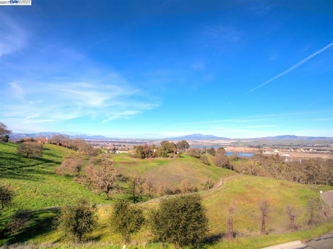 Additional photo for property listing at #6 Winding Oaks Drive #6 Winding Oaks Drive Pleasanton, California 94566 United States