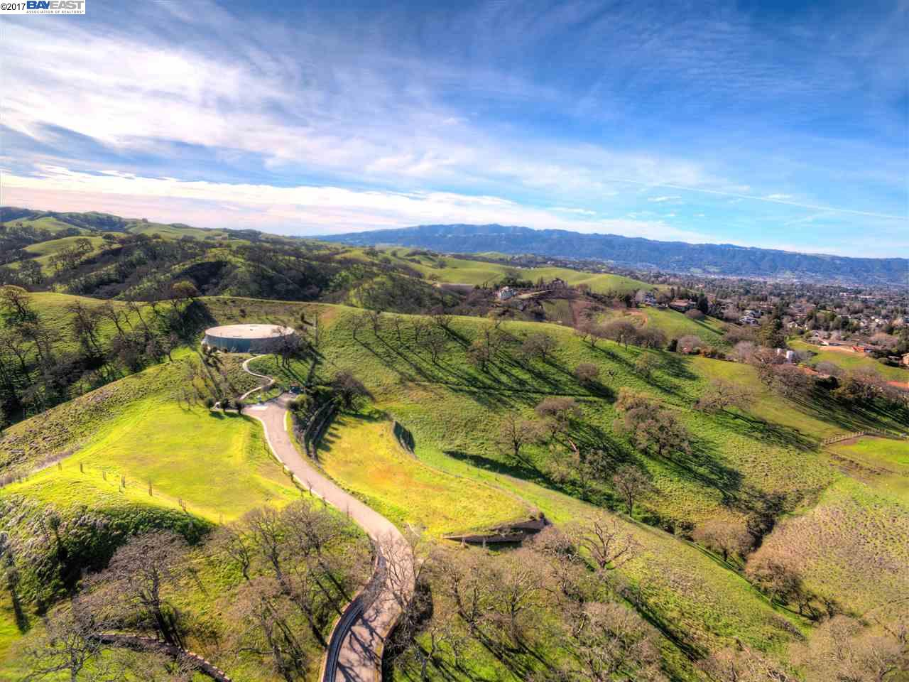 Additional photo for property listing at #6 Winding Oaks Drive  Pleasanton, California 94566 United States
