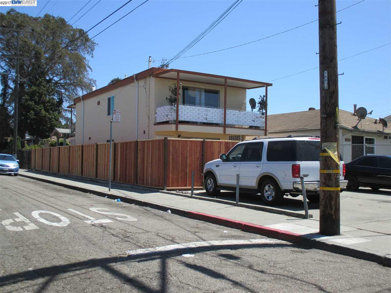 Additional photo for property listing at 7200 Herbert Guice  Oakland, California 94621 United States