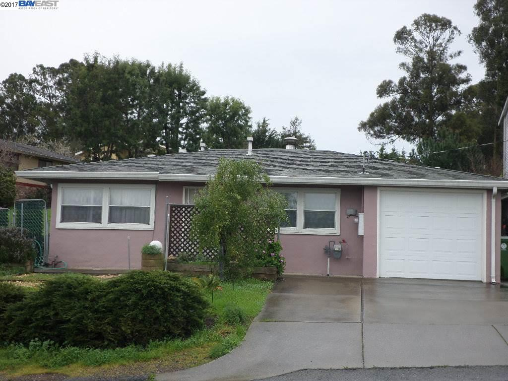 Single Family Home for Sale at 18989 CARLTON Avenue Castro Valley, California 94546 United States
