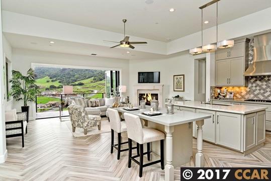 Single Family Home for Sale at 17 Bigleaf Road Orinda, California 94563 United States
