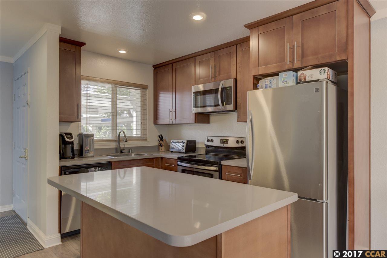 Condominium for Sale at 20153 Forest Avenue Castro Valley, California 94546 United States