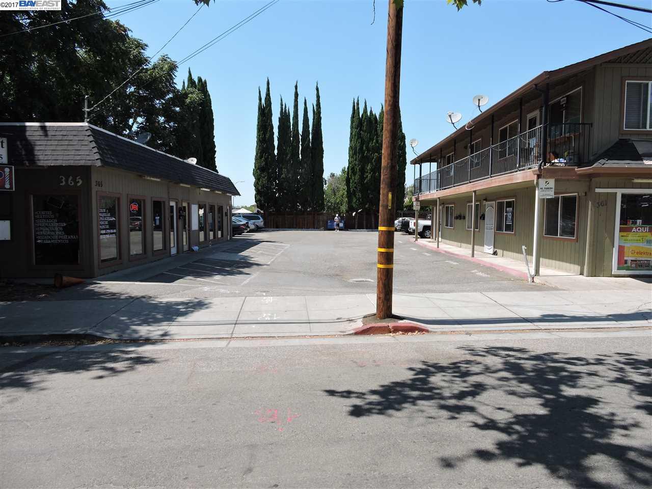 多戶家庭房屋 為 出售 在 361 and 365 Willow Street San Jose, 加利福尼亞州 95110 美國