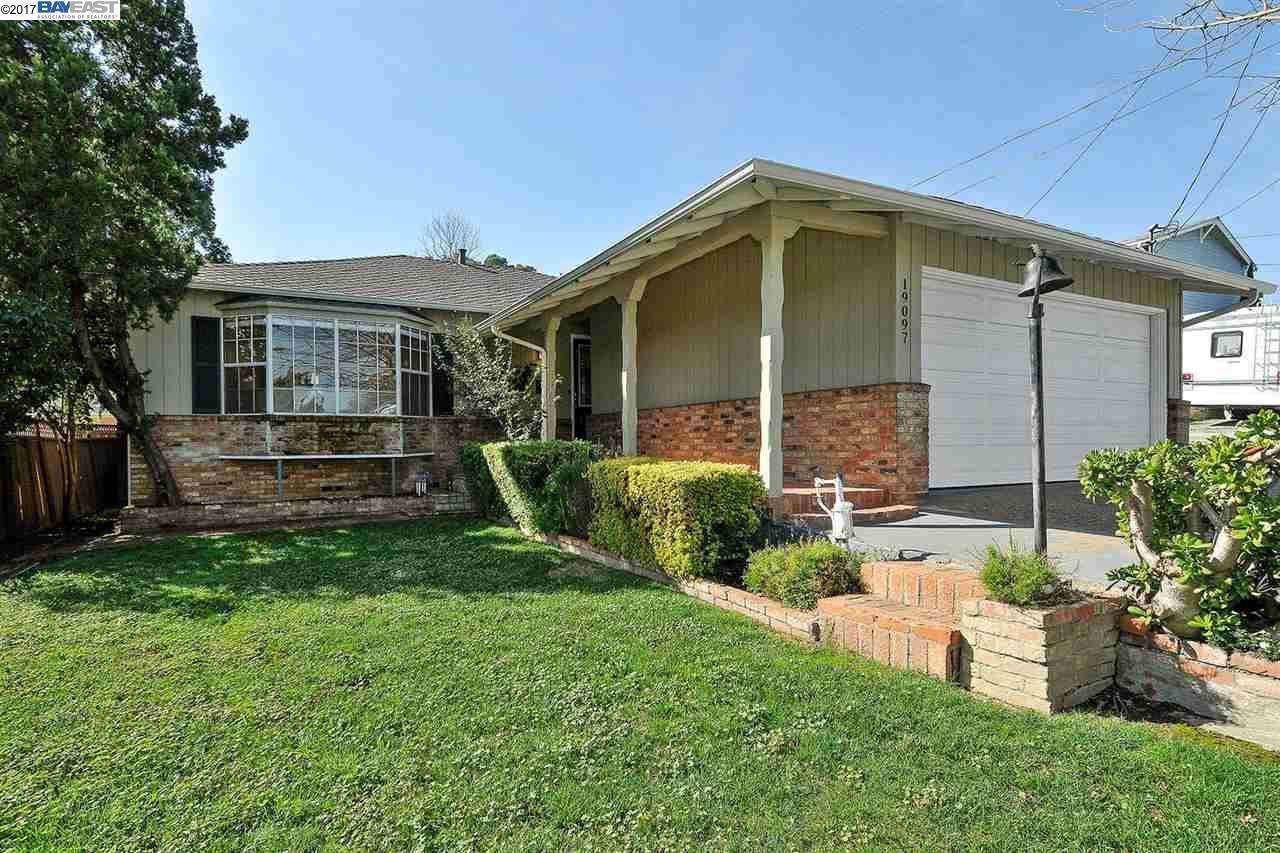 Single Family Home for Sale at 19097 Carlton Avenue Castro Valley, California 94546 United States