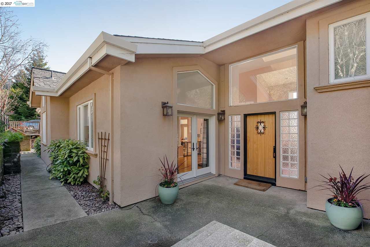 7030 Buckingham Blvd, BERKELEY, CA 94705