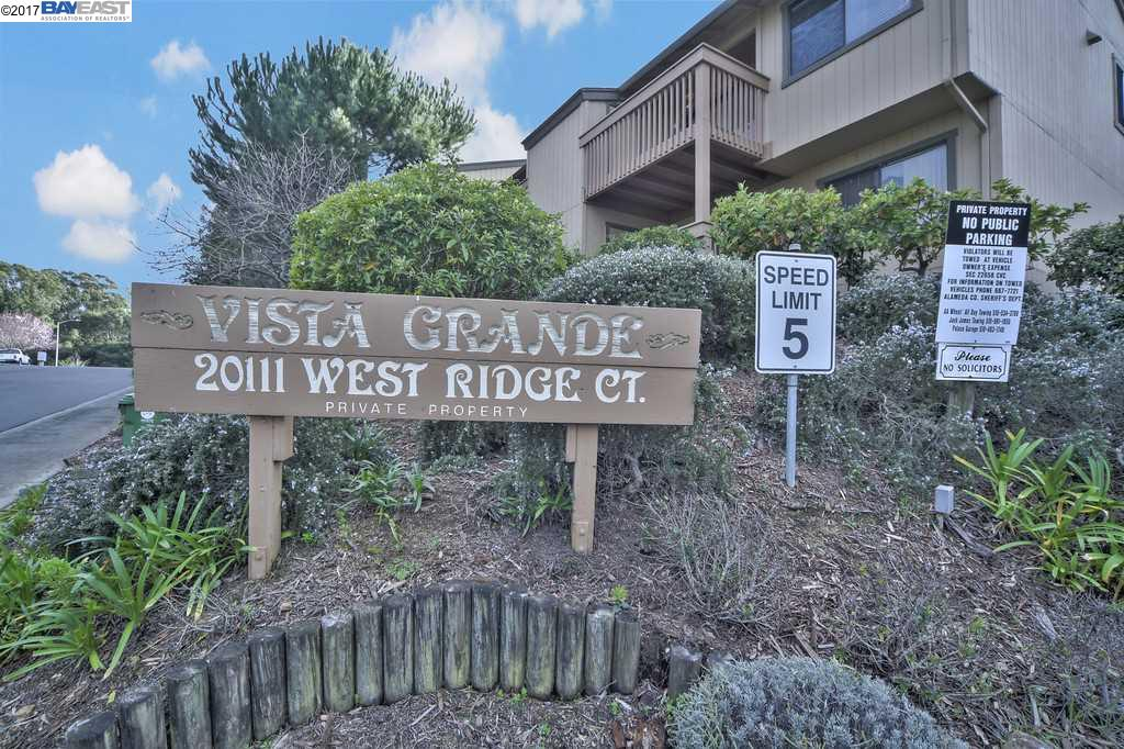 Townhouse for Sale at 20111 W Ridge Court Castro Valley, California 94546 United States