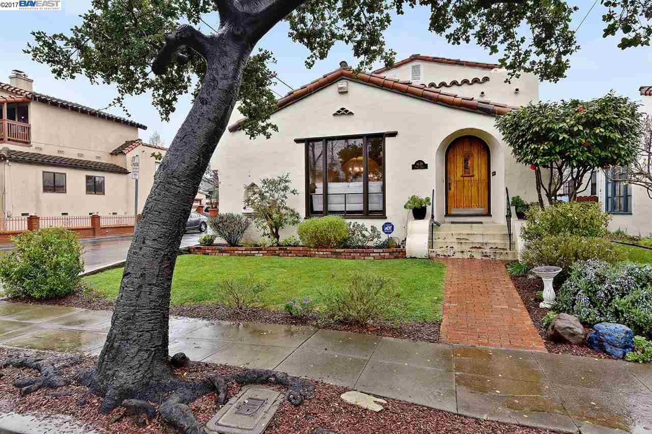 Single Family Home for Sale at 1631 Pearl Street Alameda, California 94501 United States