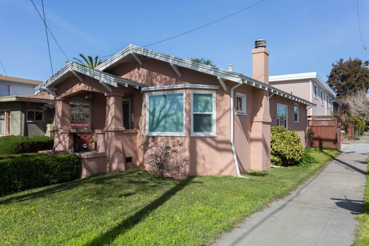 1239 Parker St, BERKELEY, CA 94702