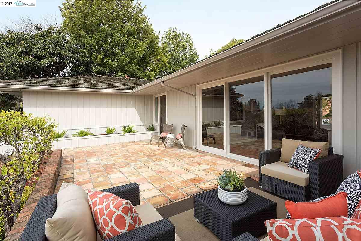 Single Family Home for Sale at 480 Mountain Avenue Piedmont, California 94611 United States