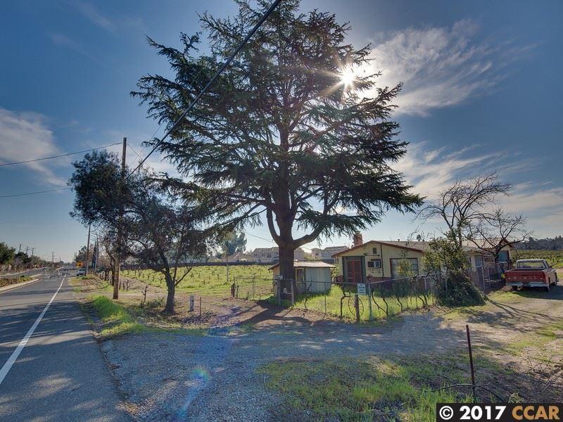 2371 OAKLEY RD, OAKLEY, CA 94561  Photo