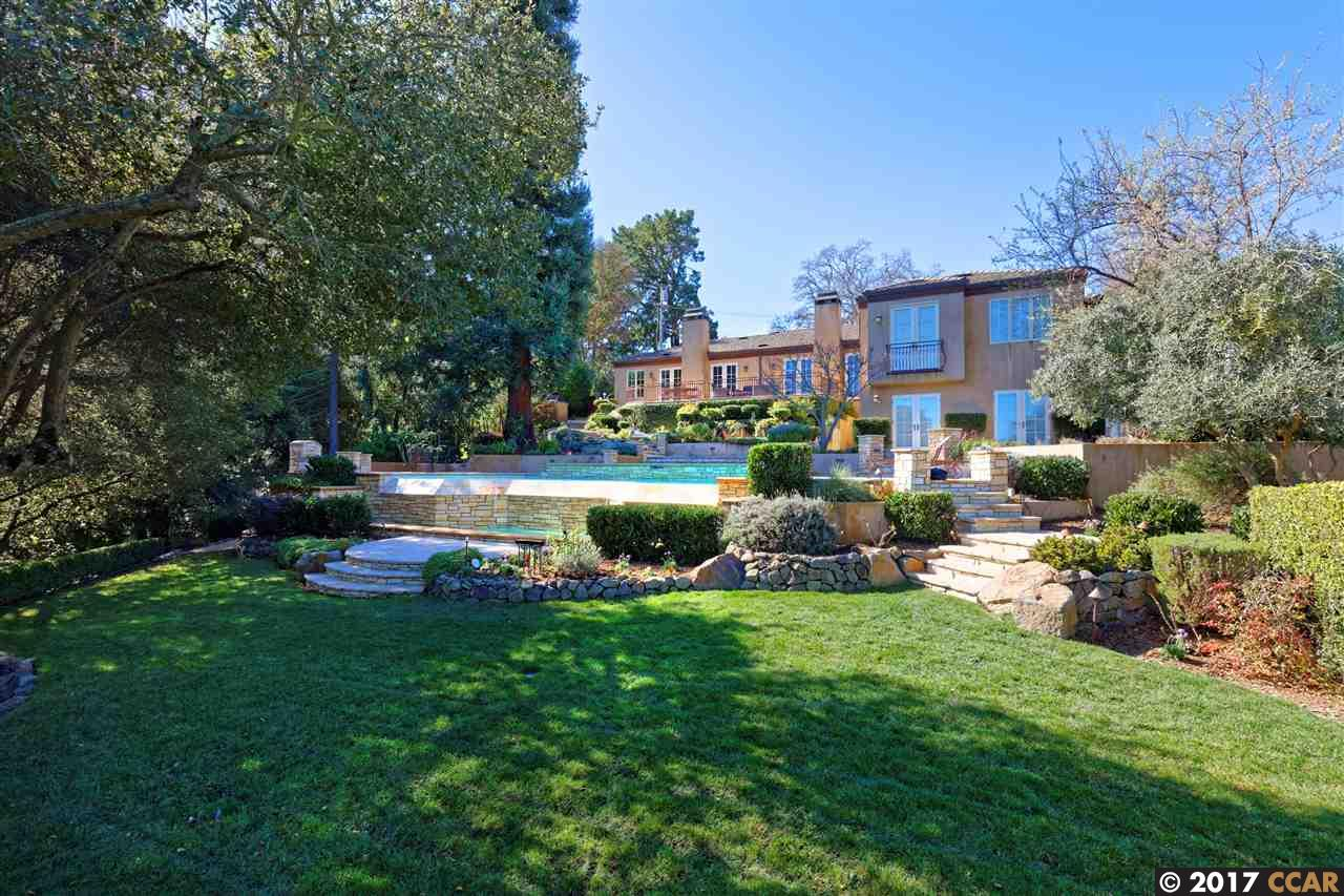 Single Family Home for Sale at 23 Via Hermosa Orinda, California 94563 United States