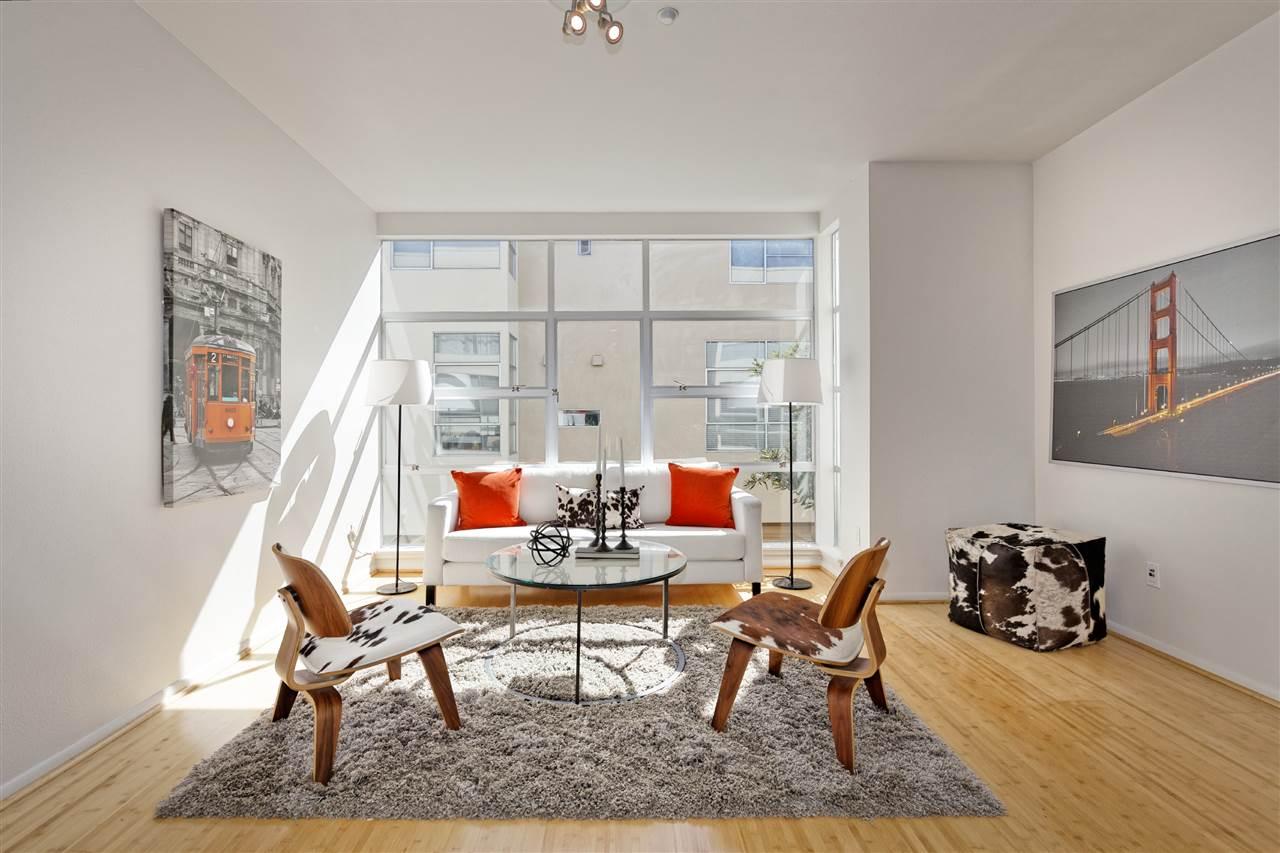 多棟聯建住宅 為 出售 在 27 Loop 22 Emeryville, 加利福尼亞州 94608 美國