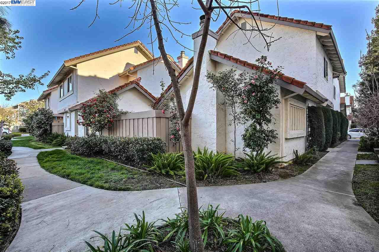 Townhouse for Sale at 1193 Capri Drive Campbell, California 95008 United States