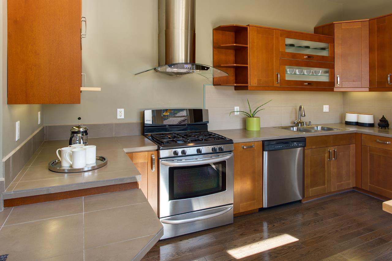 Additional photo for property listing at 2118 8th Street  Berkeley, Kalifornien 94710 Vereinigte Staaten