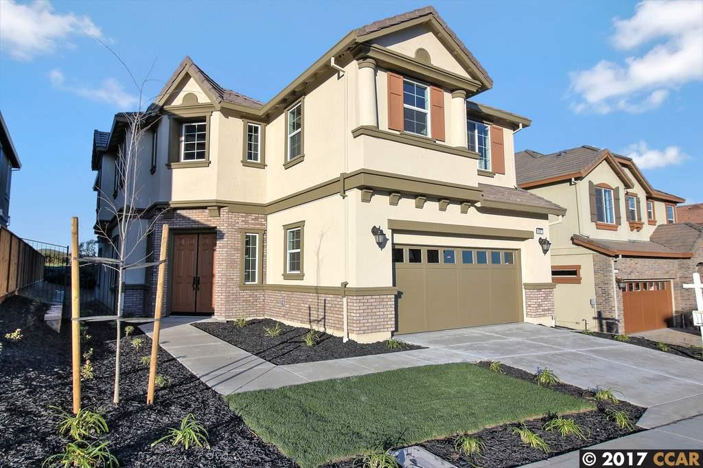 Maison unifamiliale pour l Vente à 9557 Joey Dare Court Dublin, Californie 94568 États-Unis