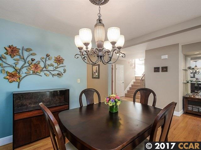 Additional photo for property listing at 2108 Oneida Circle  Danville, Californie 94526 États-Unis