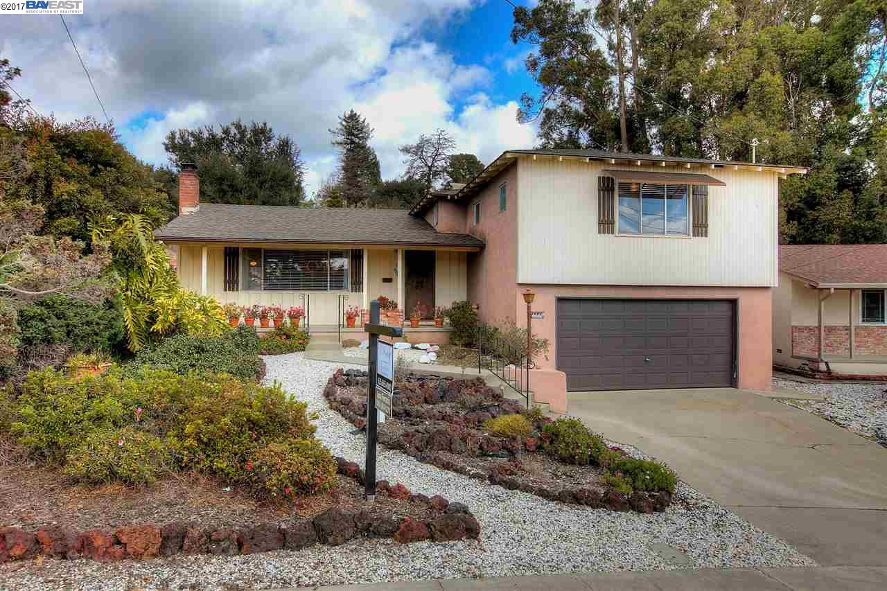 Single Family Home for Sale at 4667 Cristy Way Castro Valley, California 94546 United States
