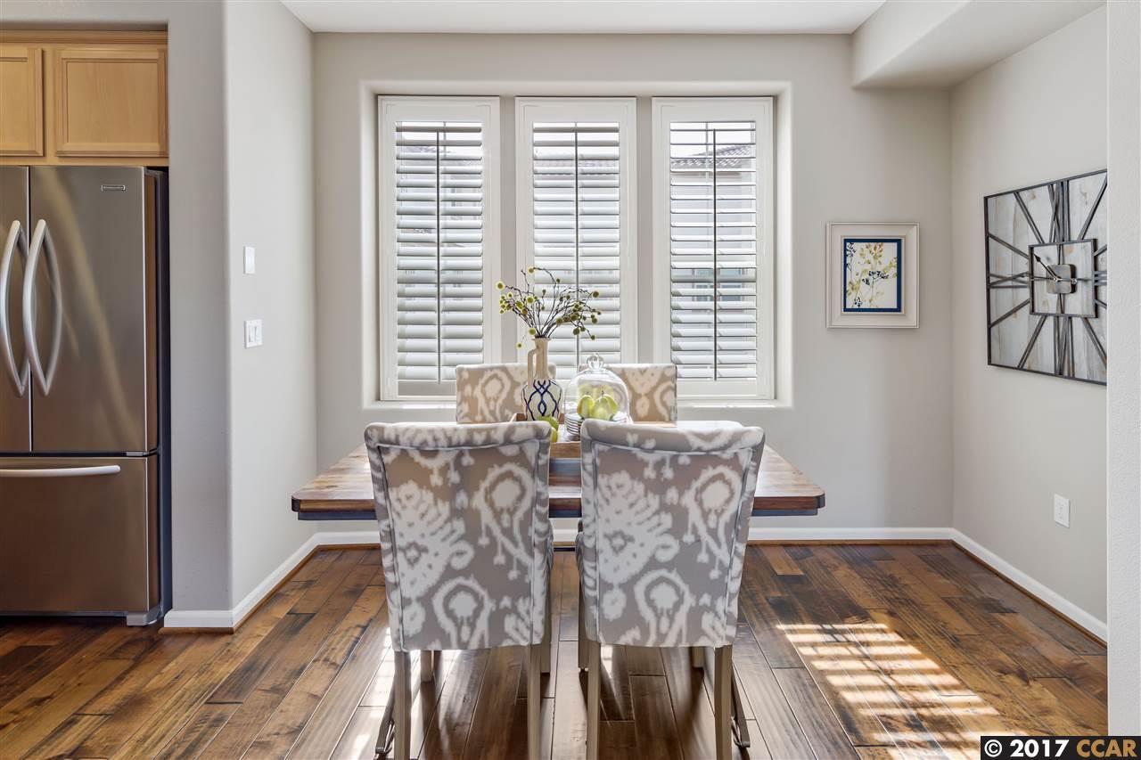 Additional photo for property listing at 132 Selby  Livermore, Калифорния 94551 Соединенные Штаты