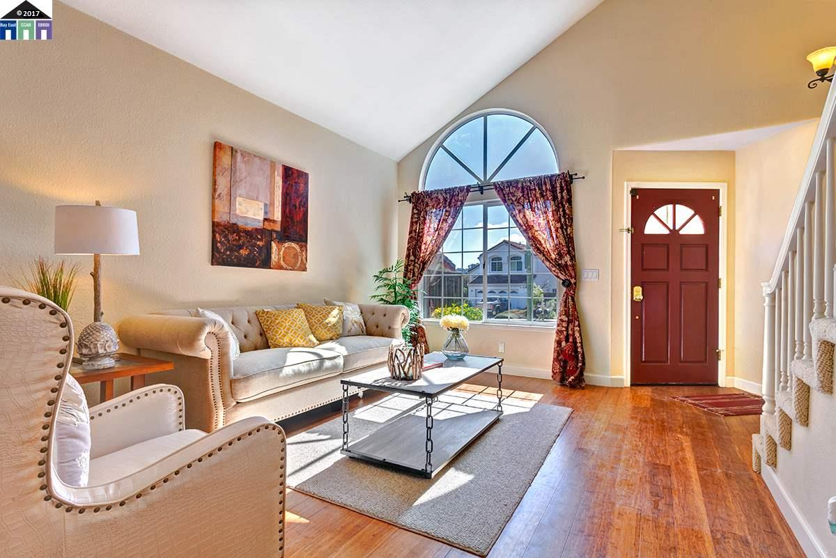 Single Family Home for Sale at 20655 Glenwood Drive Castro Valley, California 94552 United States