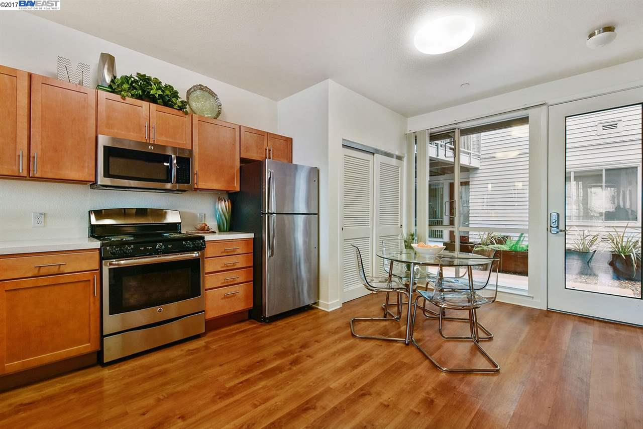 Additional photo for property listing at 340 29th Avenue 340 29th Avenue Oakland, Калифорния 94601 Соединенные Штаты