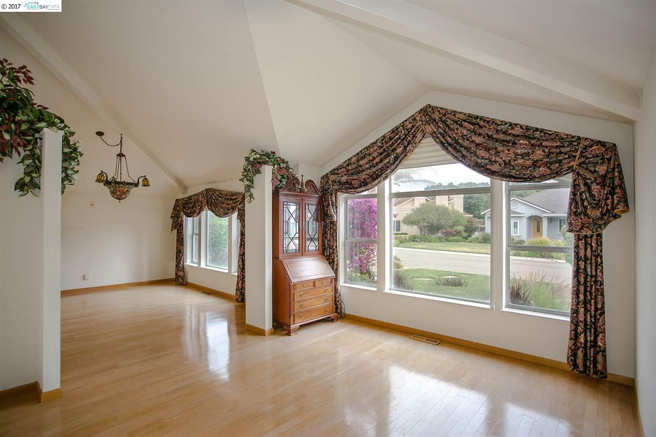 Additional photo for property listing at 5761 Gateway Court 5761 Gateway Court Discovery Bay, Californie 94505 États-Unis