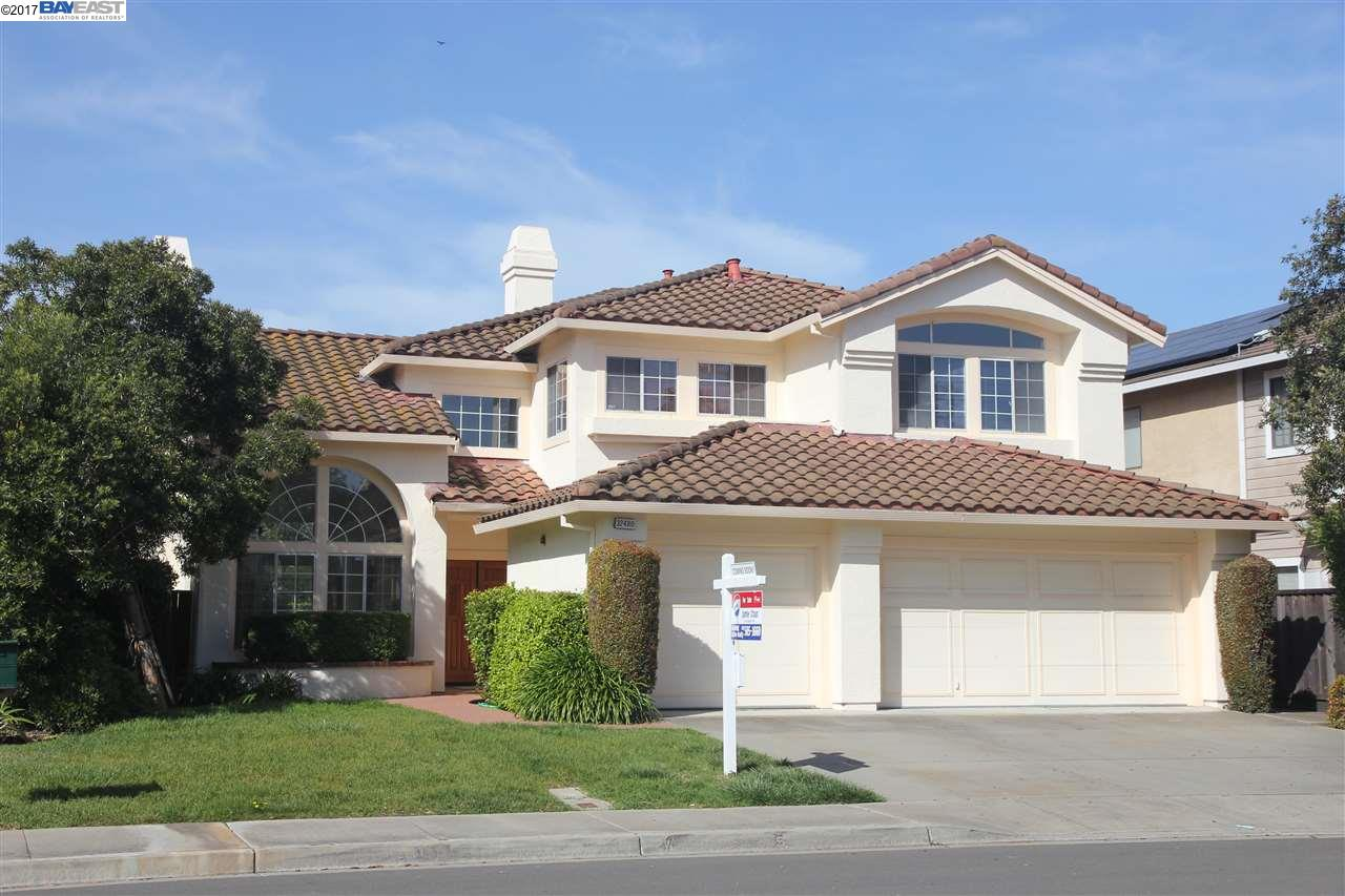 Single Family Home for Sale at 32480 Seaside Drive Union City, California 94587 United States