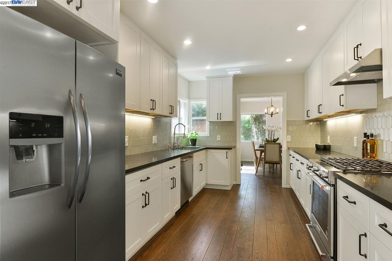 Single Family Home for Sale at 227 Colgate Avenue Kensington, California 94708 United States