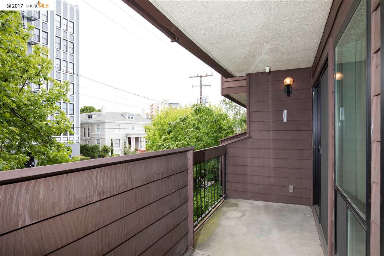 Additional photo for property listing at 295 Lenox Avenue  Oakland, カリフォルニア 94610 アメリカ合衆国
