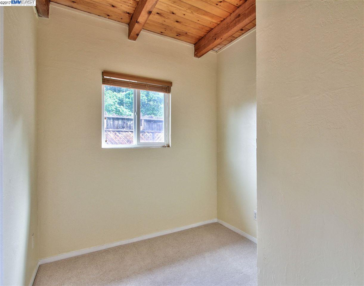 Additional photo for property listing at 7551 Chester Drive  Salinas, Californie 93907 États-Unis