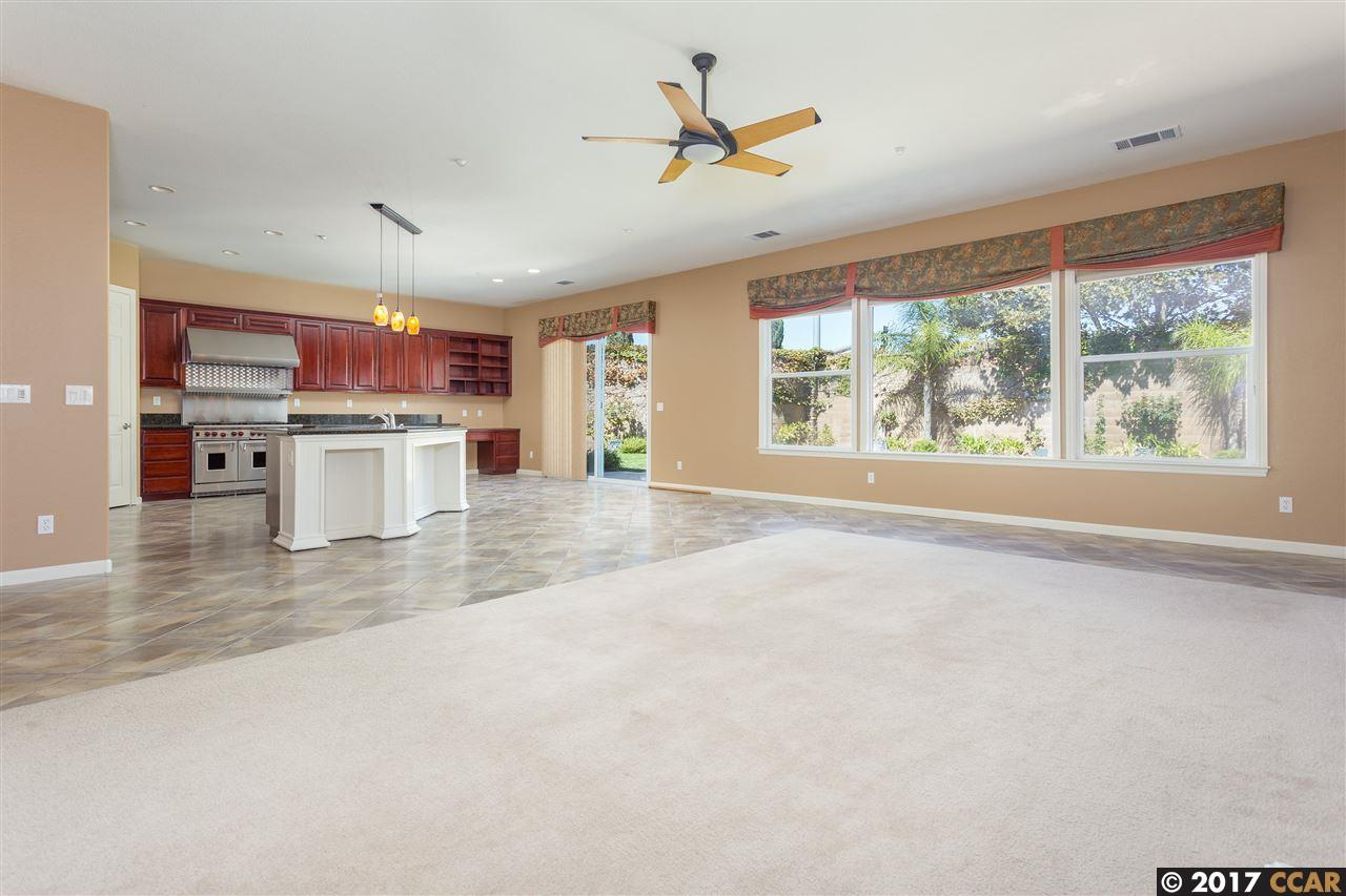 Additional photo for property listing at 1121 TEAL Court 1121 TEAL Court Brentwood, California 94513 United States
