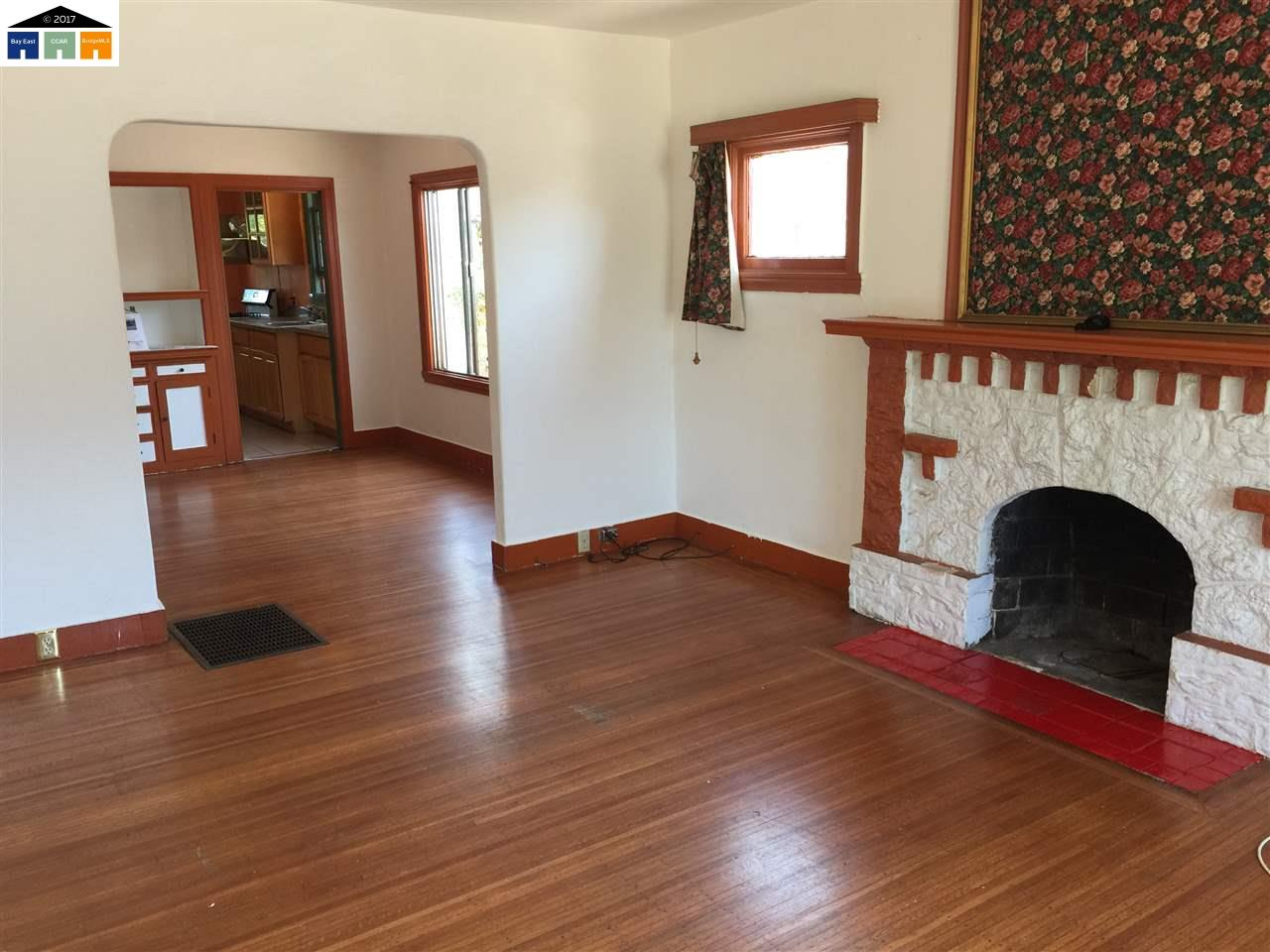 Additional photo for property listing at 2736 Bartlett Street 2736 Bartlett Street Oakland, カリフォルニア 94602 アメリカ合衆国
