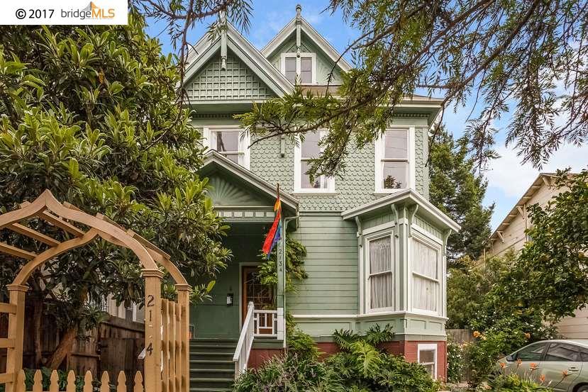 Maison avec plusieurs logements pour l Vente à 2134 10Th Avenue Oakland, Californie 94606 États-Unis