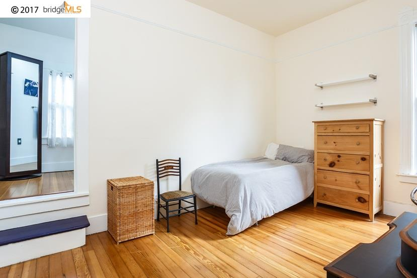 Additional photo for property listing at 2134 10Th Avenue  Oakland, Californie 94606 États-Unis