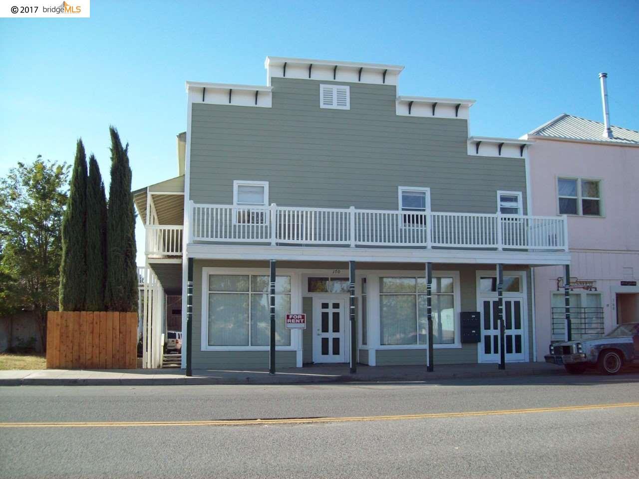 Многосемейный дом для того Продажа на 165 S 11Th Street 165 S 11Th Street Montague, Калифорния 96064 Соединенные Штаты