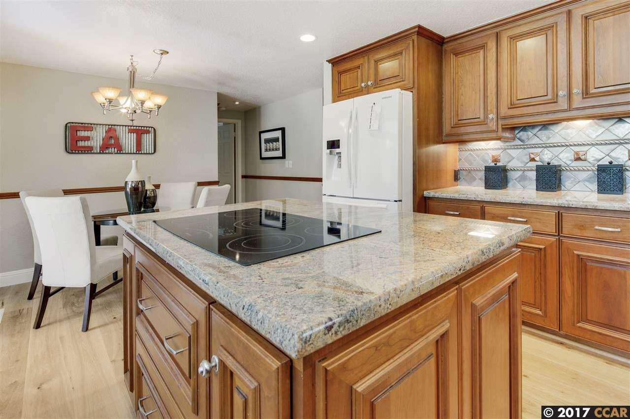 Additional photo for property listing at 735 Buckingham Court  Walnut Creek, 加利福尼亞州 94598 美國