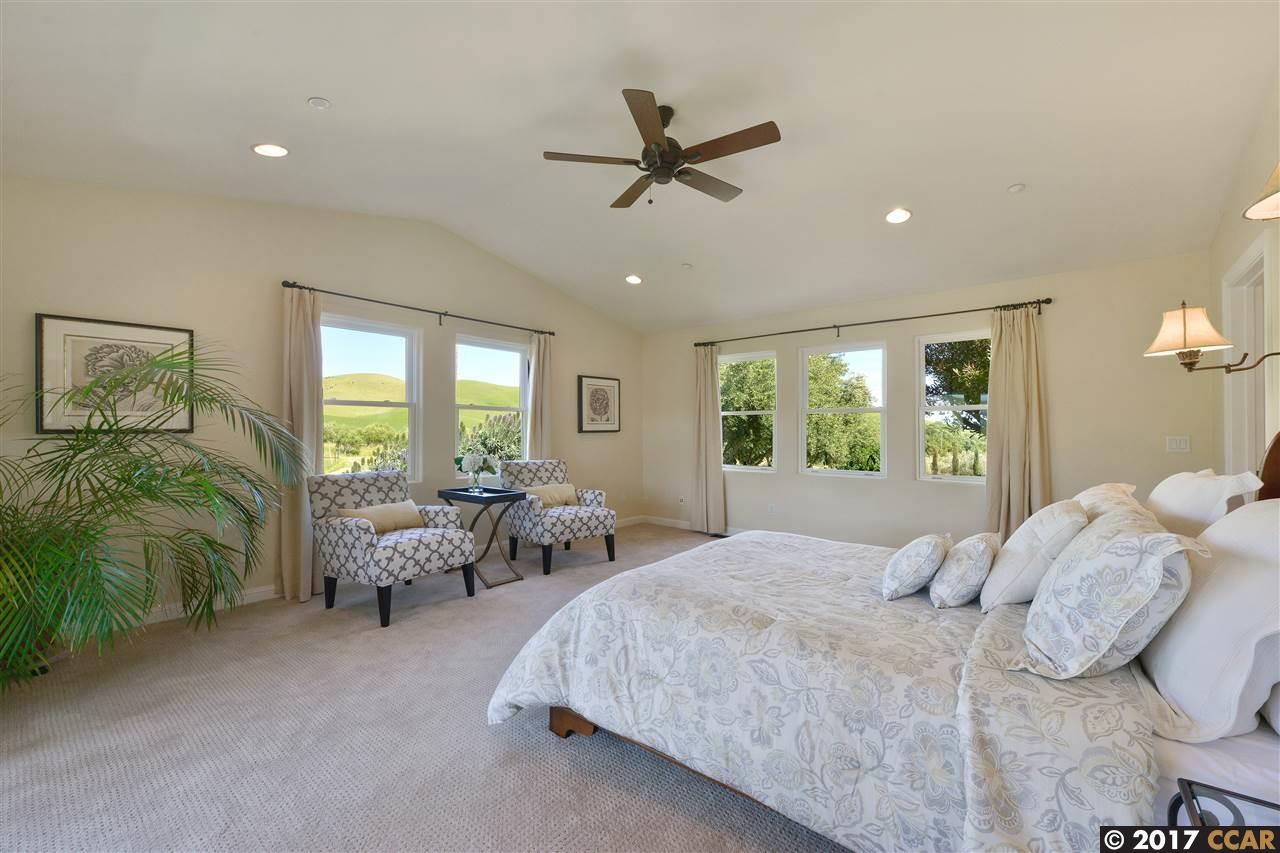 Additional photo for property listing at 1080 Victorine Road 1080 Victorine Road Livermore, California 94551 United States