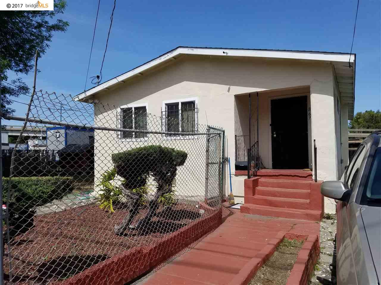 Casa Unifamiliar por un Venta en 867 75Th Avenue Oakland, California 94621 Estados Unidos