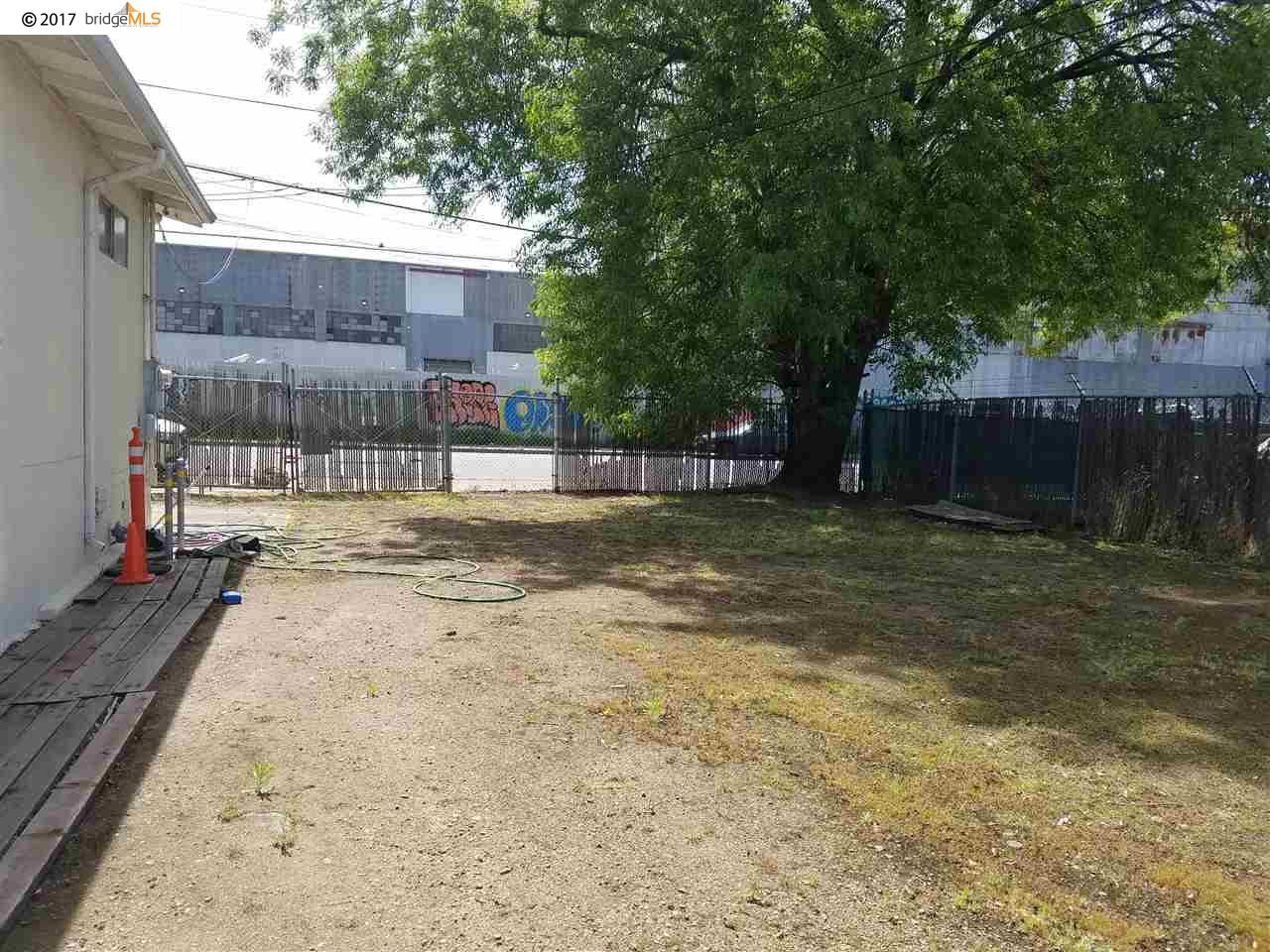 Additional photo for property listing at 867 75Th Avenue  Oakland, California 94621 Estados Unidos