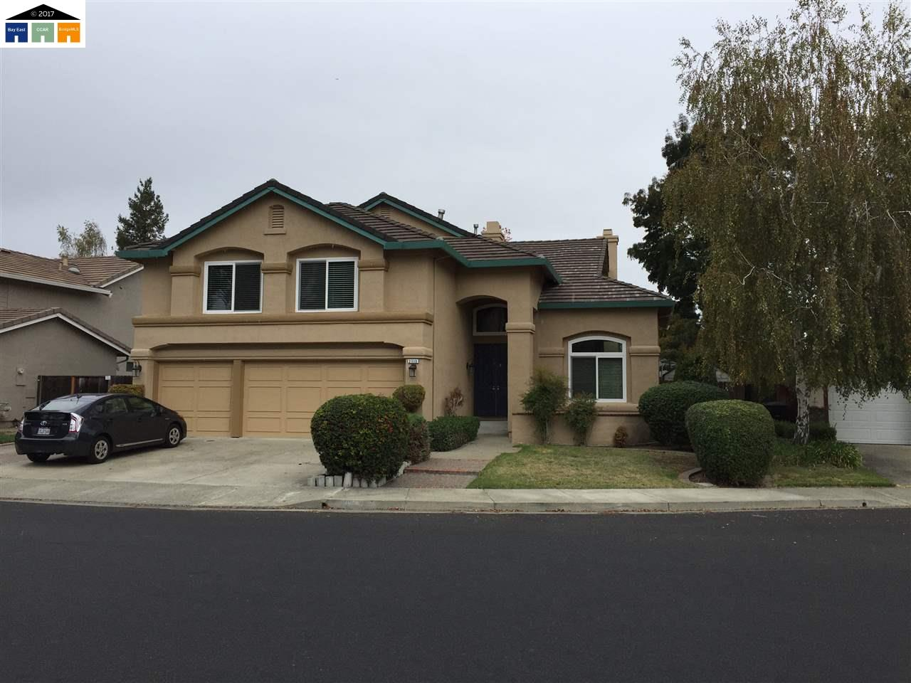 Single Family Home for Sale at 2715 Calle de la Loma Pleasanton, California 94566 United States