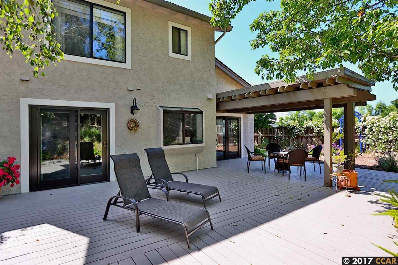 Additional photo for property listing at 2137 Stillspring Place  Martinez, California 94553 United States