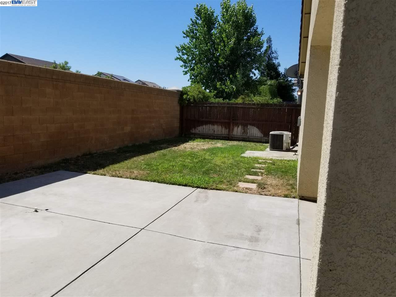 Additional photo for property listing at 1436 Garold Lane  Manteca, California 95377 Estados Unidos