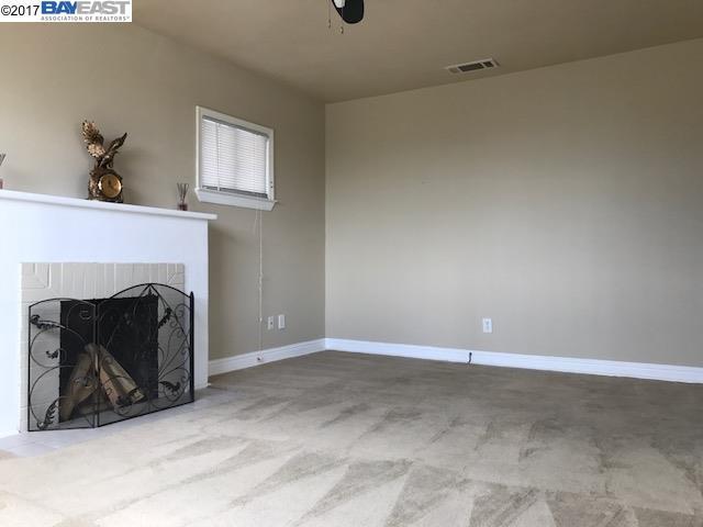 Additional photo for property listing at 1557 69Th Avenue  Oakland, Калифорния 94621 Соединенные Штаты