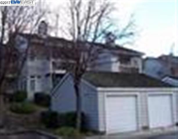 Maison accolée pour l à louer à 8165 MOUNTAIN VIEW Drive Pleasanton, Californie 94588 États-Unis