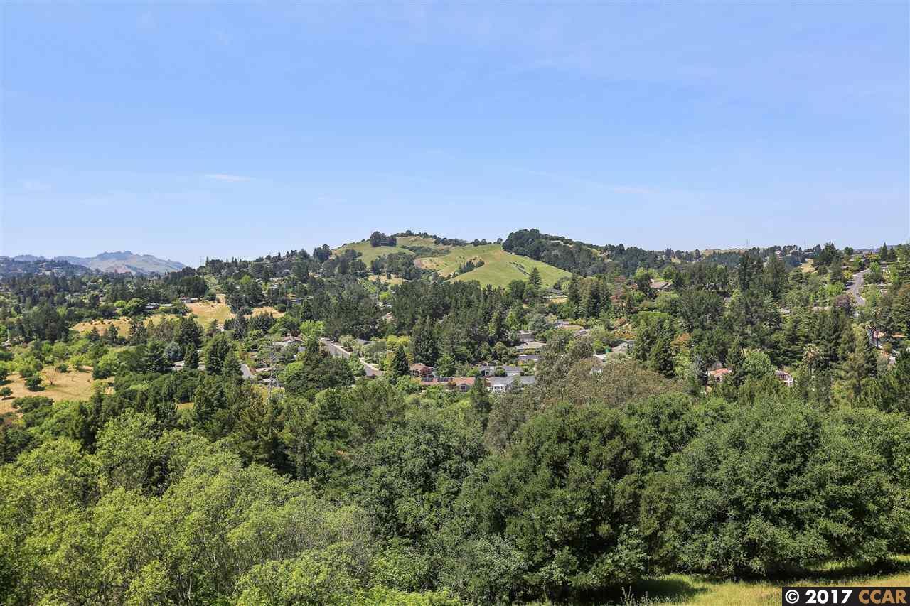 多棟聯建住宅 為 出售 在 121 Alta Mesa Court Moraga, 加利福尼亞州 94556 美國