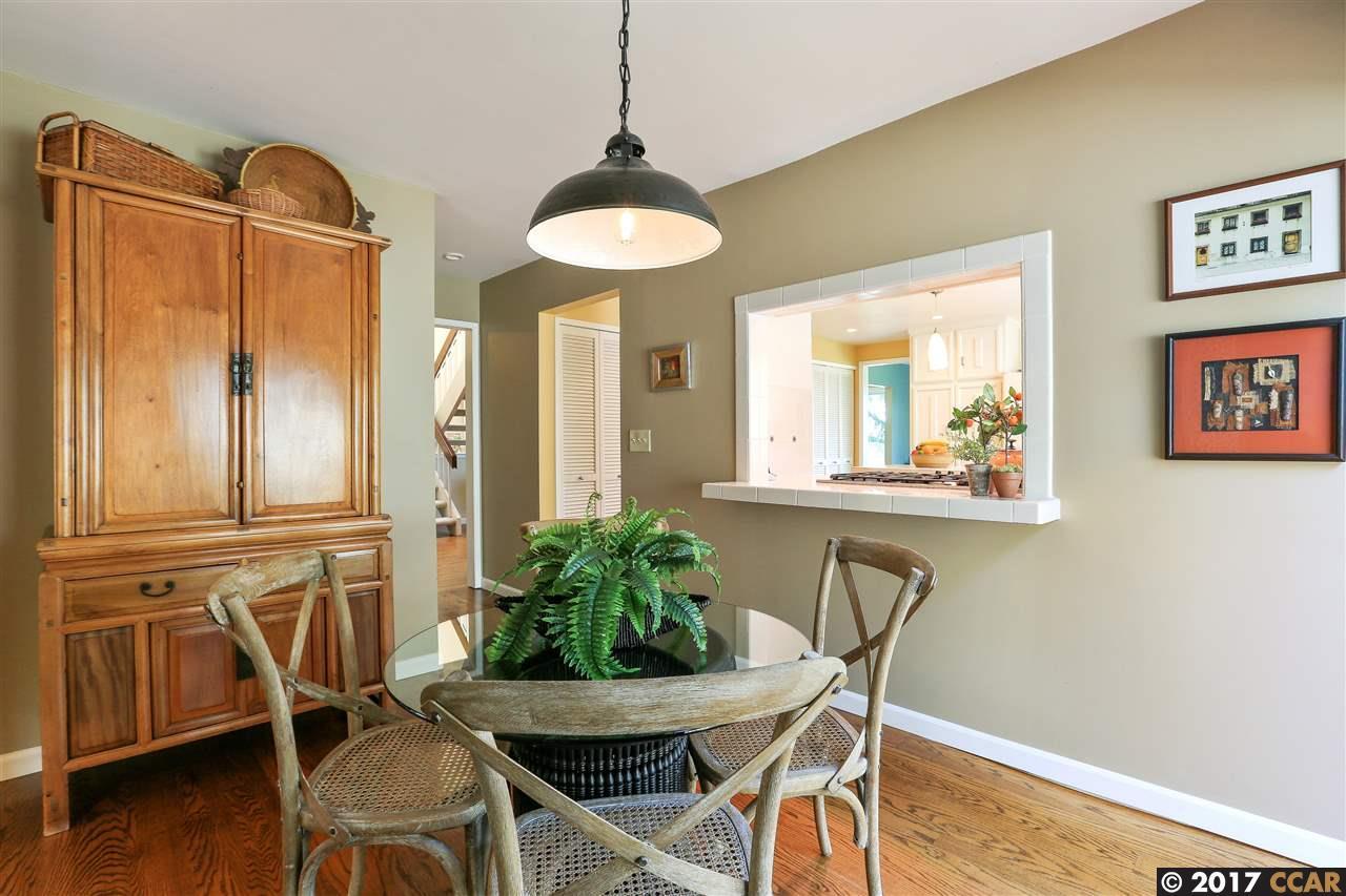 Additional photo for property listing at 121 Alta Mesa Court  Moraga, Californie 94556 États-Unis