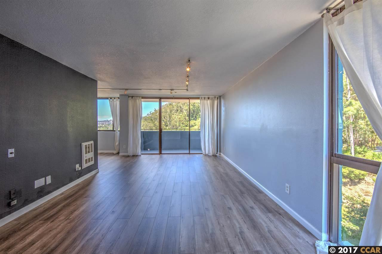 Additional photo for property listing at 555 Pierce Street  Albany, California 94706 United States