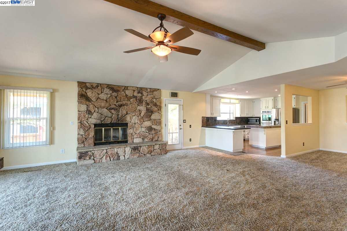 Additional photo for property listing at 1837 Dolphin Place  Discovery Bay, Californie 94505 États-Unis